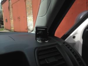 Видеокамера в салоне учебного автомобиля
